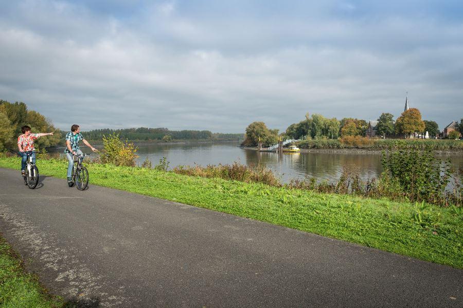 Nieuwe fietsgids Overstromen